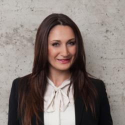 Julia Kunz Social Media Marketing